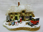 Decorating The House Lilliput Lane Cottage