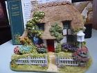Sweet Bouquet Lilliput Lane Cottage