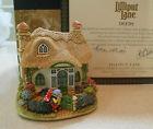 Welcome Gnome Lilliput Lane Cottage