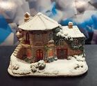 Winter At The Well Lilliput Lane Cottage